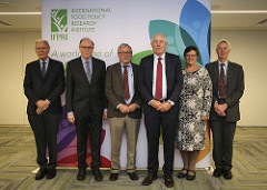 Policy Seminar Transforming Food Systems to Deliver Healthy, Sustainable Diets : The View from the World's Science Academies